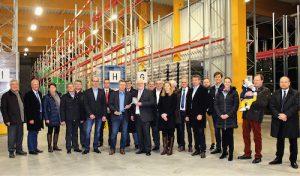 Roth Plastic Technology: Schlüsselübergabe für neues Logistikzentrum