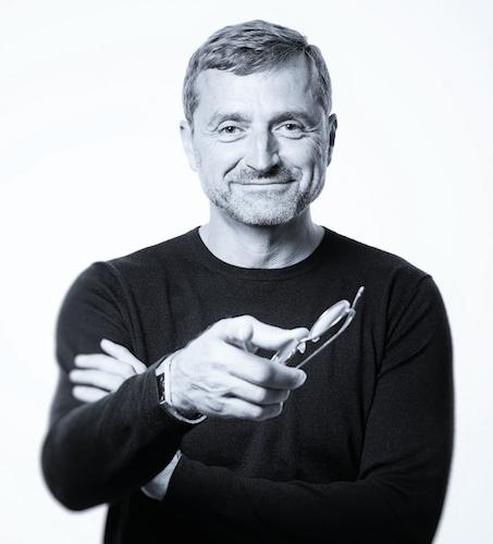 Design-Betätigungsplatten als Schnittstelle zwischen Architektur und Funktion - Interview mit Designer Achim Pohl (ARTEFAKT)