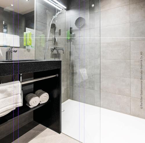 RiKu Hotel Pfullendorf mit Duschflächen und Dusch-WCs