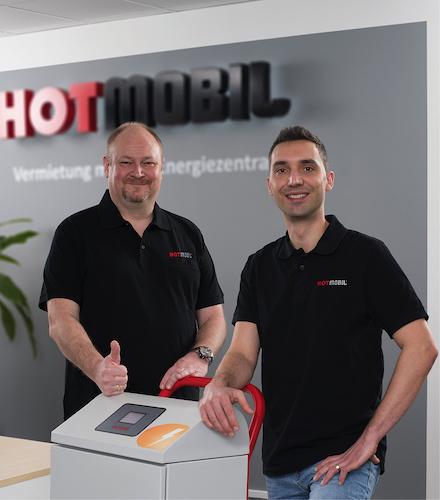 v.l.: Sven Harbeck und Christoph Beceric verantworten bei Hotmobil den Technischen Kundenservice.